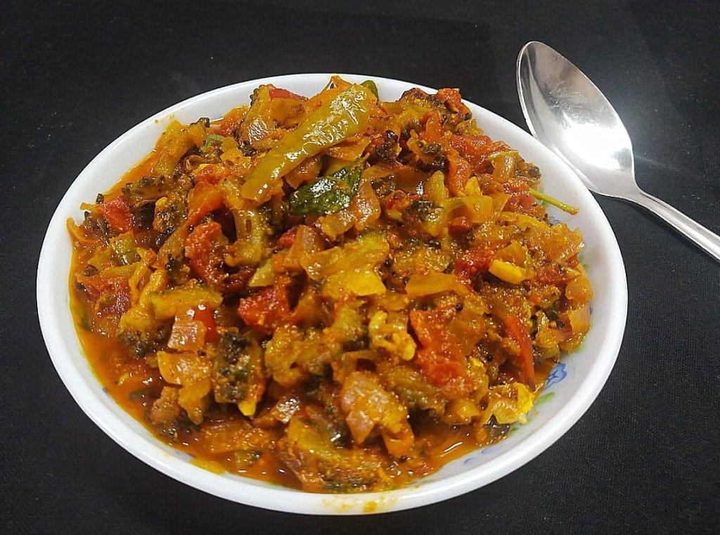 VABI9031-1024x761 Bitter Gourd (Karela) Masala Curry/ Pavakkai Masala Curry