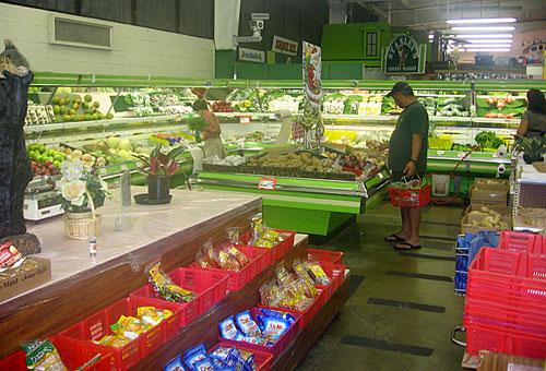 Aloha to tropic fish vegetable center tasty island for Hilo fish company