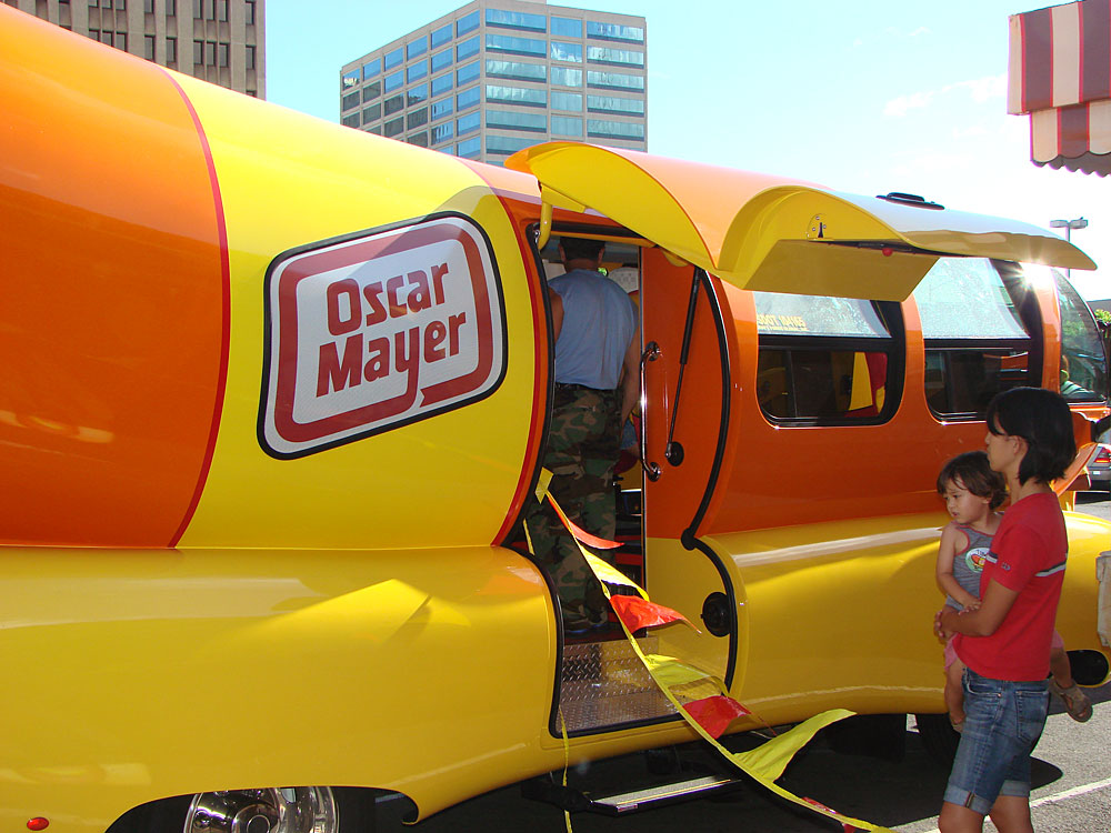1273 Oscar Mayer Weinermobile likewise Wienermobile Cruises Oahu furthermore 3799185705 further 31750 in addition YVtS2Pc0gKvkD4 FFP9NL. on inside wienermobile