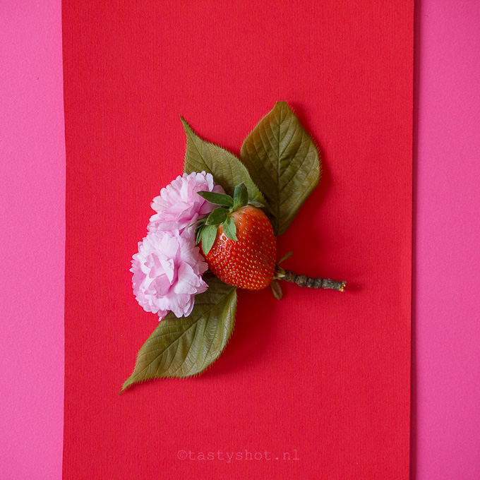Strawberry & Flowers