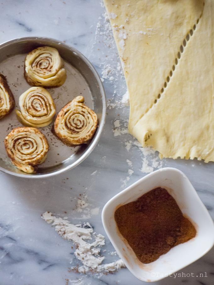 Zoete broodjes bakken voor Valentijn