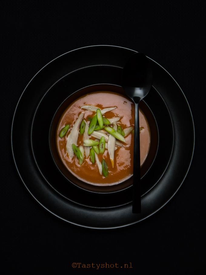Chinese tomatensoep, zoals van de Chinees op de hoek