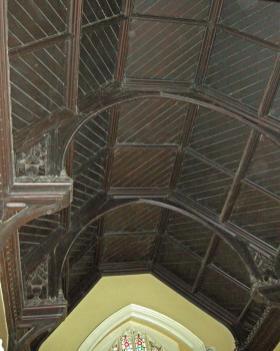 Stair hall hammer-beam roof