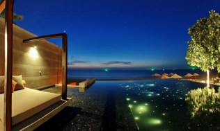 Aleenta-Infinity-Pool-Evening_15Jan14-500x300