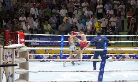 Lumpinee-Boxing-Stadium-Ram-Intra-06