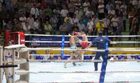 Lumpinee-Boxing-Stadium-Ram-Intra-06