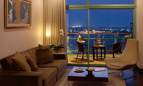 Chatrium Hotel Riverside Bangkok Awarded Top 10 Loved by Guests_2 500x300