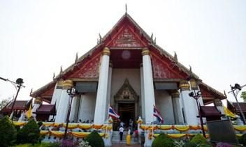 ayutthaya-10-viharn-pra-mongkolborpit-2-500x300