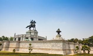 ayutthaya-4-chedi-phukhao-thong-2-500x300