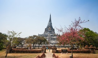 ayutthaya-4-chedi-phukhao-thong-3-500x300