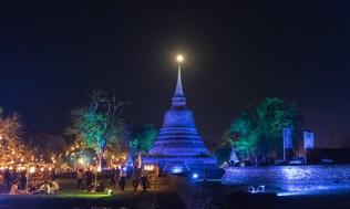 Loi-Krathong-2016