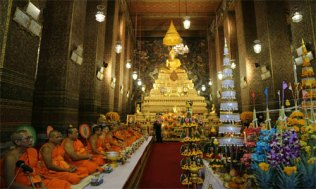 Candlelight-of-Siam-at-Wat-Pho-(1)-500x300