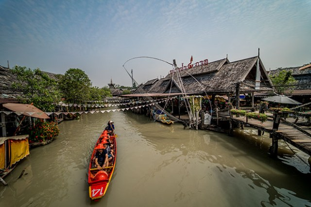 Four Regions Floating Market, Pattaya