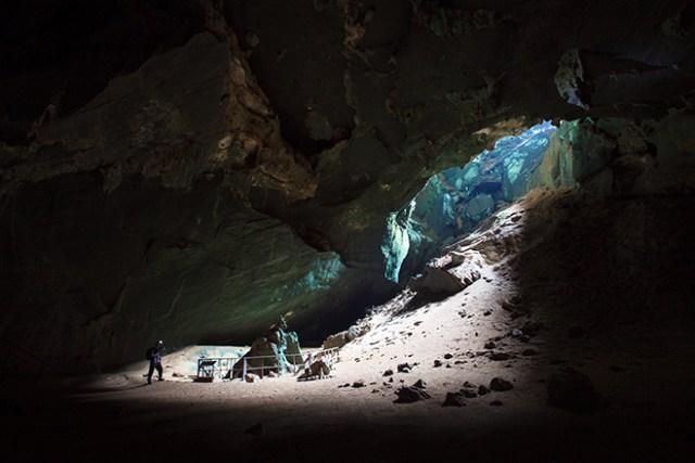 Phu Pha Phet Cave, Satun