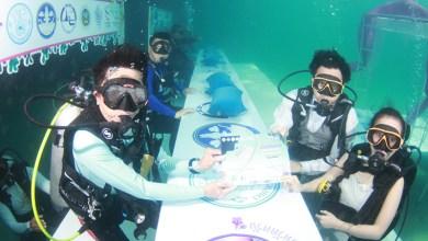 Trang Underwater Wedding Ceremony celebrates 23 years of marital bliss