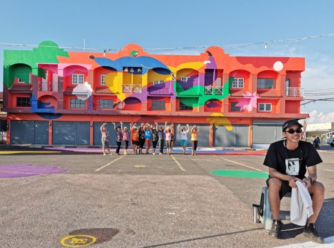 Second ASEAN Pop Culture event adorns Trat buildings with colourful street art