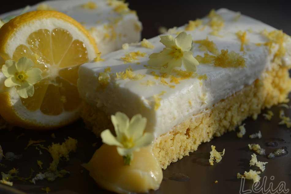 Zitronencremeschnitten