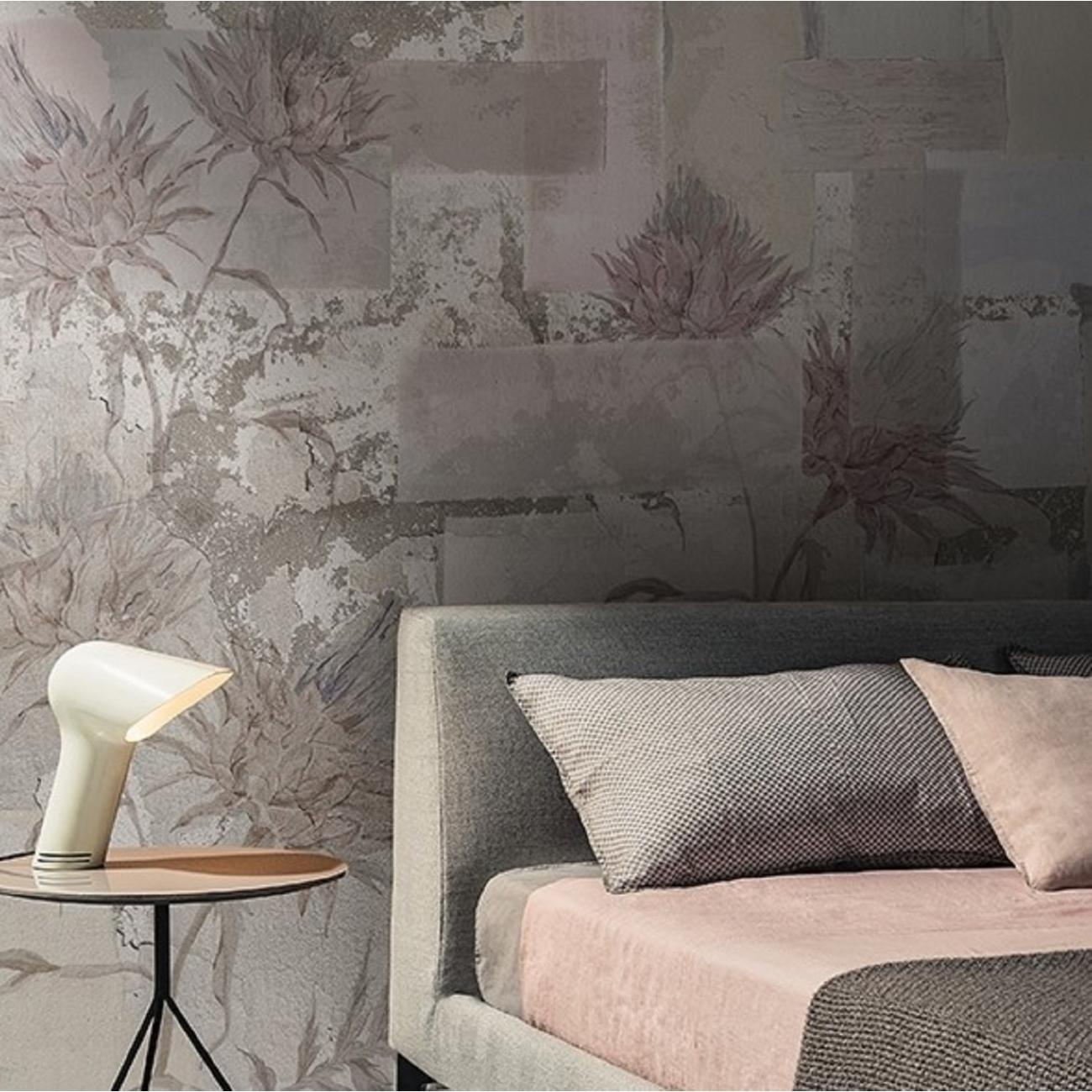 Out system è la carta da parati pensata per muri esterni e facciate che abbina. Wall Deco Leviosa Wallpaper Tattahome