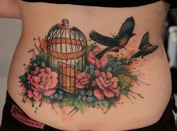 13160916-lower-back-tattoos