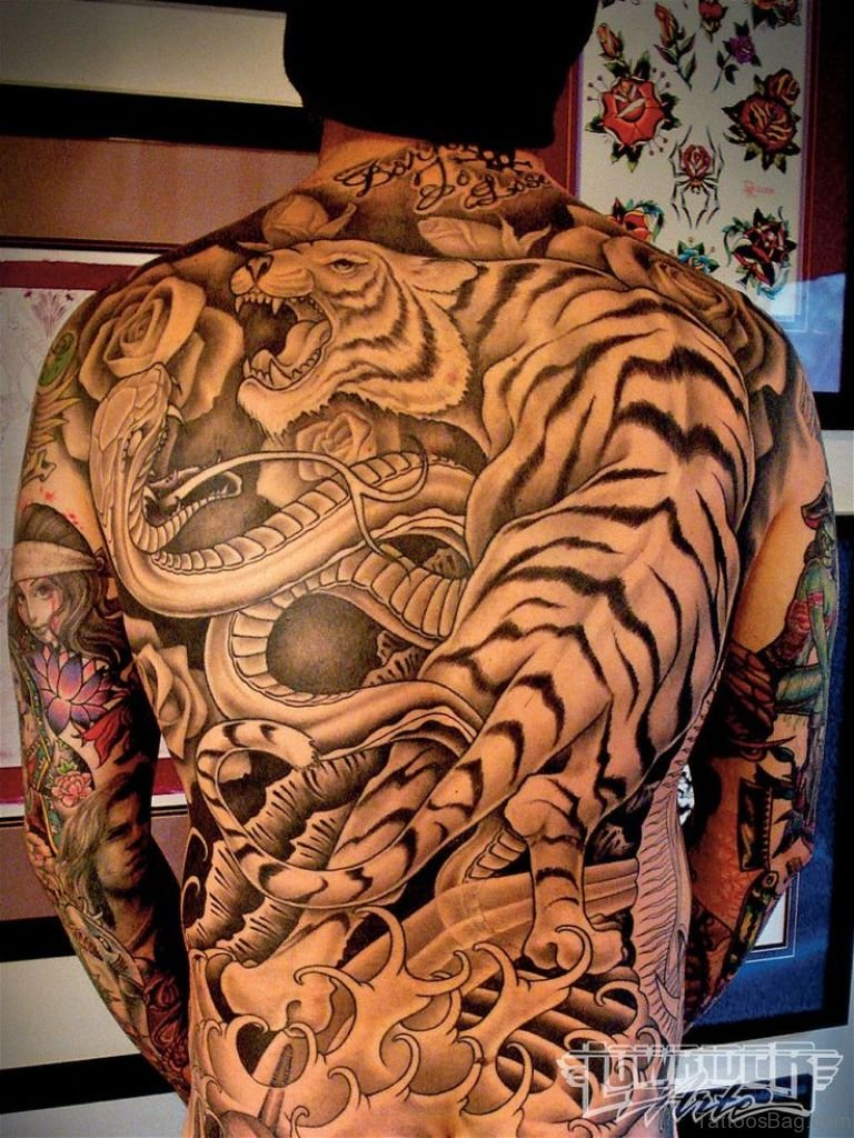 73 Good Looking Animal Tattoos For Back