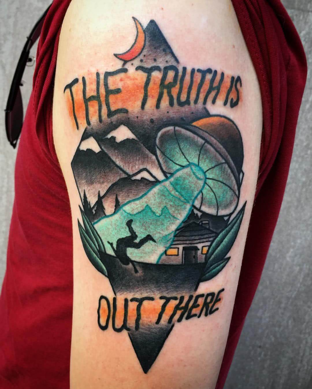 "Tattoo Akte X ""The Truth is out there"""