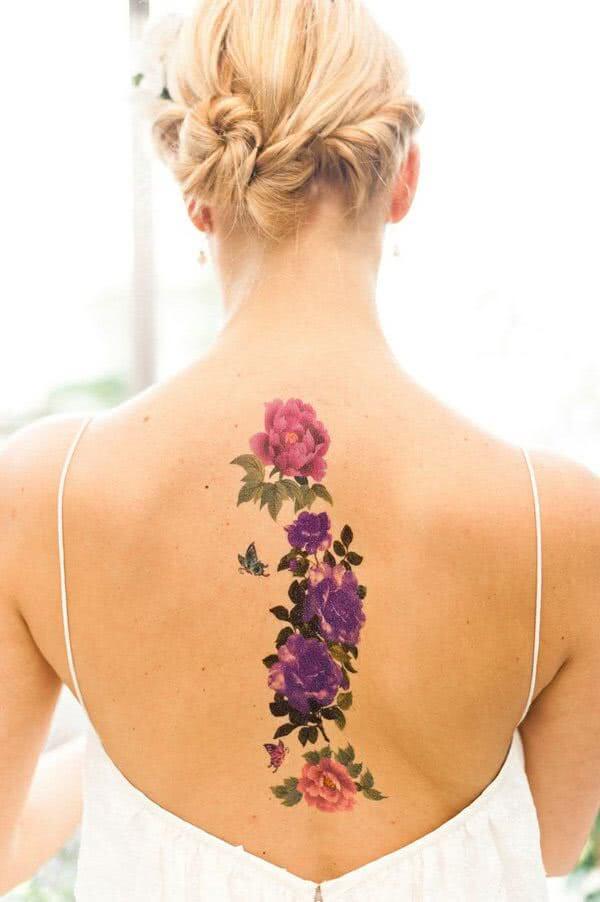 Tattoo Blumen Ruecken