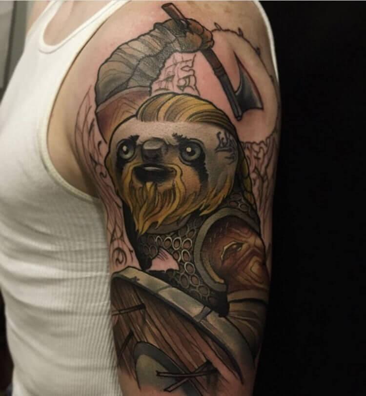 Tattoo Faultier Krieger