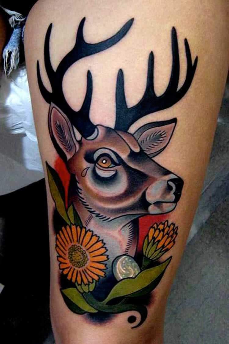 Tattoo Hirsch Oberschenkel