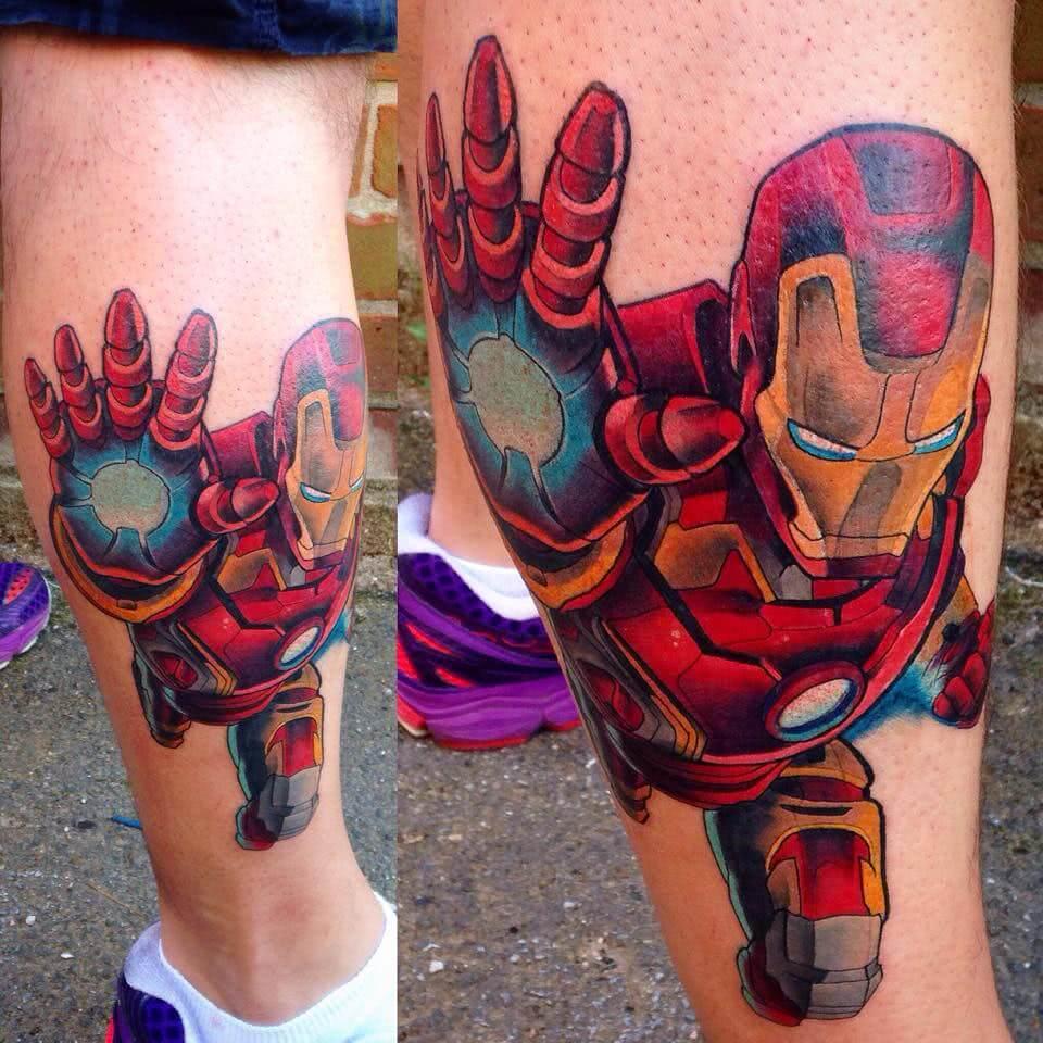 Tattoo Iron Man auf der Wade