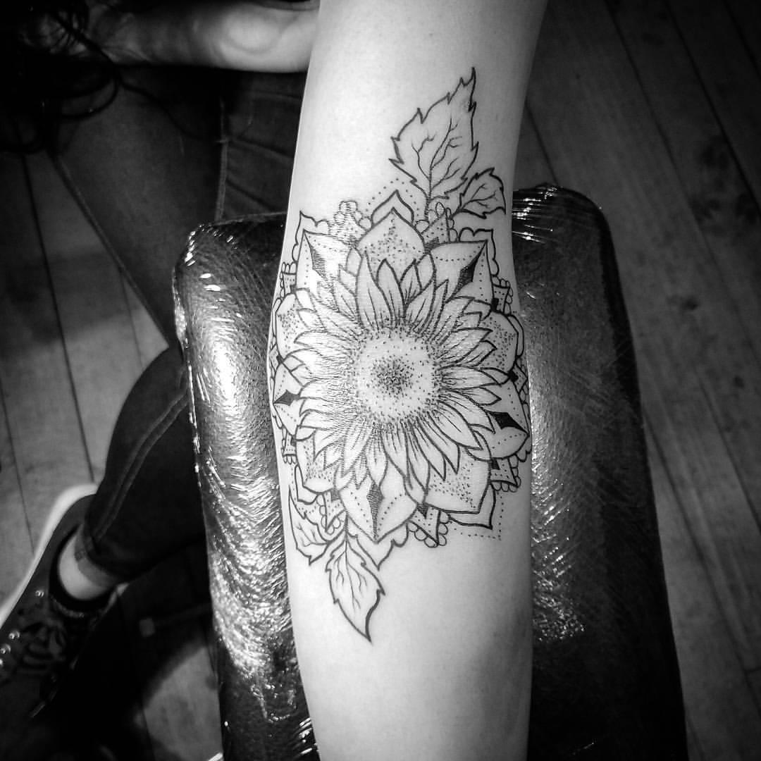 Tattoo Mandala Blume