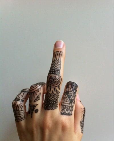 Tattoo verschiedene Symbole