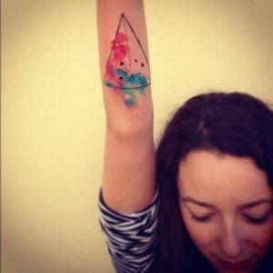 Triángulo con tintas by Ondrash tattoo
