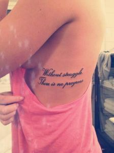 Frase: Without struggle, there is no progress