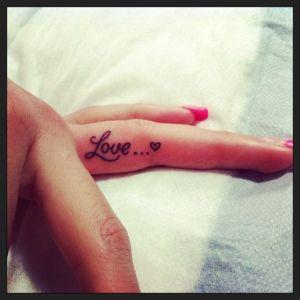 Frase: Love & Corazón