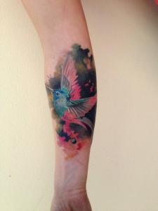 Colibrí en Acuarelas by Ondrash tattoo