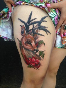 Ciervo entre Flores by Sophia Baughan