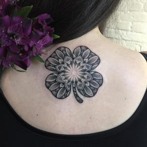 Flor Mandala por Sashatattooing