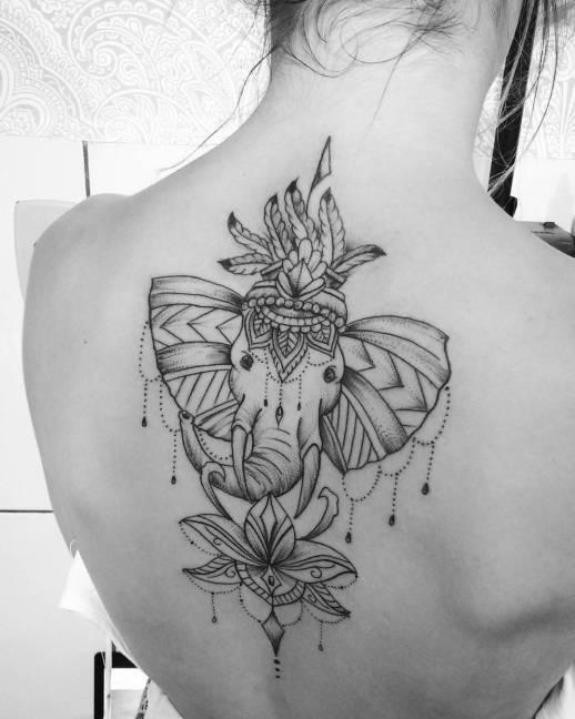 Elefante Y Flor De Loto Tatuajes Para Mujeres