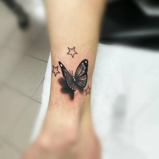 Mariposa y Estrellas