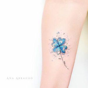 Trébol azul por Ana Abrahão
