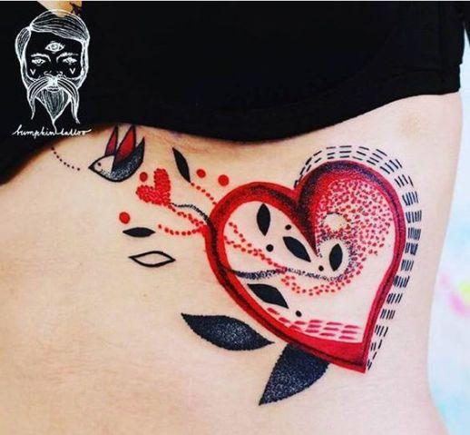 Corazón y Ave por Bumpkin Tattoo
