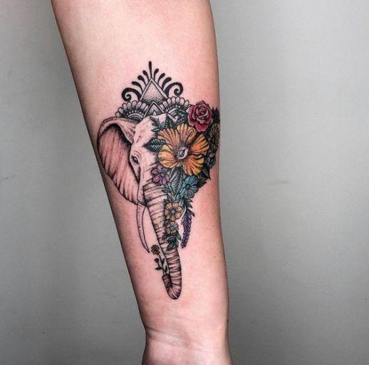 Elefante metamorfosis flores