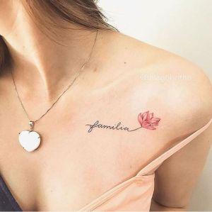 Frase: Familia y flor