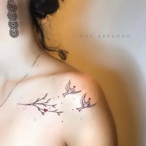 Aves dejando la rama por Ana Abrahão