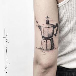 Cafetera por Mònica Sampietro