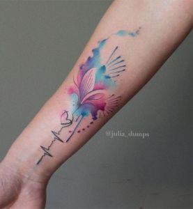 Electrocardiograma, corazón y flor por Julia Dumps
