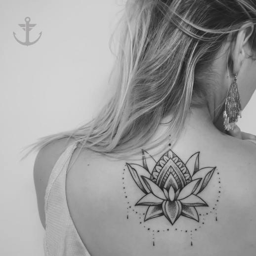 Flor de loto por Felipe Bernardes