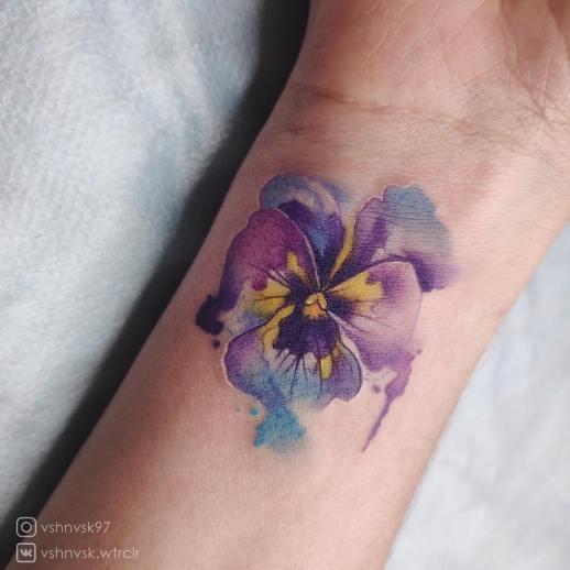 Flor petunia por Ksenia Vishnevskaya