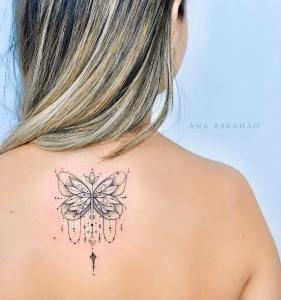 Mariposa por Ana Abrahão