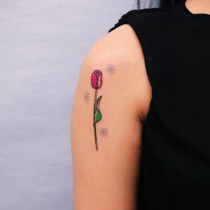Flor de tulipán por Nawon Take My Muse
